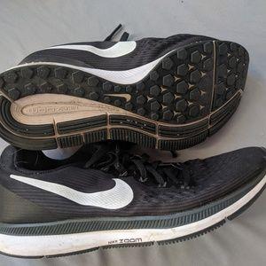 Nike Air Zoom size 8 Pegasus